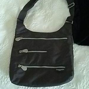 Baggalli Cross body Bag